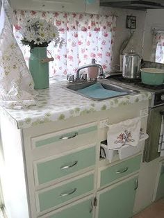 """Fellow vintage trailer owner Kerrie  from Sea Cottage  &  Vintage Cottage  Camper  sure knows how to """"Glamp""""! Her trailer is a 1972 Timbler..."""