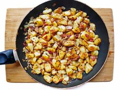 Bratkartoffeln mit Speck: Pan-fried Potatoes & Bacon