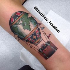 Dropped this hot air balloon of for Oliwia. Safe travels @sevendoorstattoo #hotairballoon #travel #luggage #suitcase #traditional #tattoo