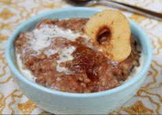 Slow-Cooked Apple-Cinnamon Oatmeal