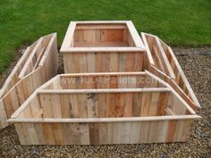 #Planter From Pallets# a #permaculture shape idea, but do it in earth.  I like this as well :)