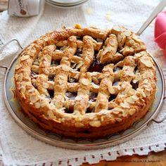 Österreichische Mehlspeisenklassiker | Kochen und Küche Linzer Torte, Fall Cakes, Apple Pie, Biscuits, Sweets, Baking, The Originals, Desserts, Food