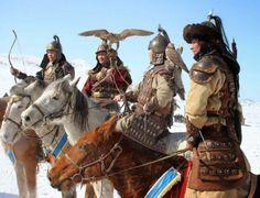 Чингисхан — основатель и первый великий хан Монгольской империи. Завоеватель был невероятно жесток и беспощаден, так что даже Гитлер по сравнению с ним кажется дилетантом. В начале XIII в. Монгольс…