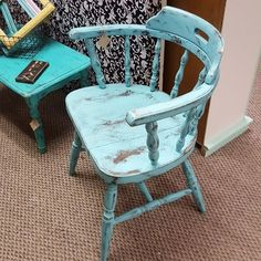 Awesome chair for that bla corner in your house..