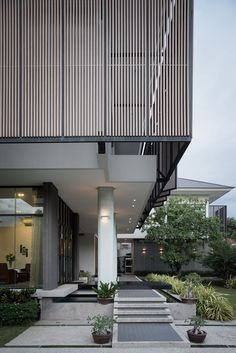 Tiwanon House - Picture gallery