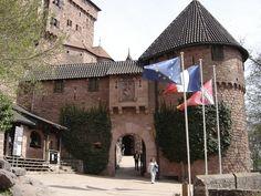 Château-Fort du Haut-Koenigsbourg - région Alsace - l'entrée du Château