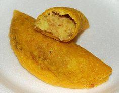RECETAS COMIDA FACIL COLOMBIANA: EMPANADAS Colombian Cuisine, Colombian Recipes, Snack Recipes, Cooking Recipes, Comida Latina, Lunch Snacks, Lactose Free, I Love Food, Yummy Food