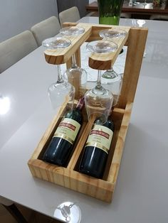 40 Fantastic Wooden Furniture Design Ideas That Wont Disappoint You Diy Pallet Projects, Woodworking Projects Diy, Woodworking Plans, Pallet Ideas, Wine Rack Design, Wood Wine Racks, Wine Glass Holder, Wooden Furniture, Furniture Design