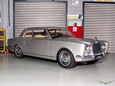 ROLLS ROYCE SILVER SHADOW MPW 2 DOOR COUPE   1:18 Diecast Model Car