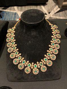 Gold Jewellery Design, Bead Jewellery, Diamond Jewellery, Kerala Jewellery, Diamond Earrings, Indian Jewelry, Gold Jewelry, Jewelery, Jewelry Patterns