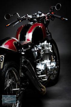 Bottega Bastarda – Honda cb 750 f cafè racer Cafe Racer Honda, Cafe Racers, Cafe Racer Bikes, Vintage Motorcycles, Custom Motorcycles, Custom Bikes, Motos Honda, Honda Cb750, Cb550