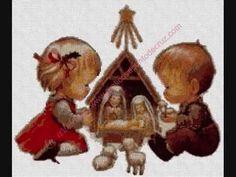 GRÁFICOS A PUNTO DE CRUZ. RECTIFICADOS Y MEJORADOS PRIMERA PARTE Christmas Ornaments, Holiday Decor, Videos, Knitwear, Punto De Cruz, Dots, Christmas Jewelry, Christmas Decorations, Christmas Decor