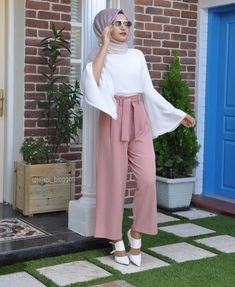 2019 Fashionable Hijab Outfits to Rock Hijab Fashion Summer, Modest Fashion Hijab, Modern Hijab Fashion, Casual Hijab Outfit, Hijab Fashion Inspiration, Islamic Fashion, Muslim Fashion, Street Hijab Fashion, Rock Fashion