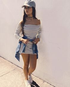 Stripy off shoulder long sleeve dress, blue denim jacket, white converse Teen Fashion, Love Fashion, Fashion Outfits, Womens Fashion, Casual Dresses, Casual Outfits, Cute Outfits, Swagg, Summer Outfits
