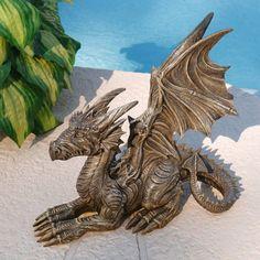 Design Toscano Desmond The Dragon Statue