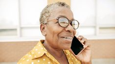 Best Cell-Phone Plans for Seniors - Looking for the best cell-phone plan for seniors? You're in luck. Consumer Reports explains how people 55 and older can save money using deals from Sprint, T-Mobile, and Verizon. Cheap Cell Phone Service, Cheap Cell Phone Cases, Cell Phone Store, Old Cell Phones, Cell Phones In School, Cell Phones For Sale, Cheap Cell Phones, Newest Cell Phones, Sprint Cell Phone Deals