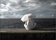 "De la serie ""Malecon"" Havana Coastline El santero Baryta archival fine art x Gordon Parks, Havana, Kids Playing, Fine Art, Gallery, Building, Artwork, Travel, Distance"