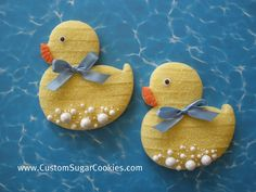 Rubber duck cookies with bubbles