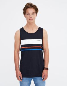 Men's short sleeve T-shirt with a round neckline and multicoloured panels on the chest. From the Pacific Republic collection. Maillot Lakers, Tanks, Tank Tops, Hang Ten, Pull N Bear, Boys Shirts, Beautiful Images, Casual, Chill