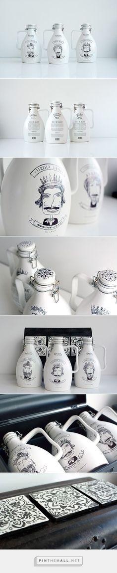 30 designs originaux & créatifs autour des bouteilles - Inspiration graphique #11 | BlogDuWebdesign