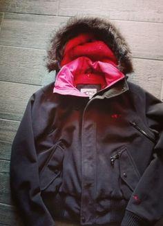Kupuj mé předměty na #vinted http://www.vinted.cz/damske-obleceni/ostatni-kabaty-a-bundy/18475468-zimni-bunda-do-pasu-s-koziskem