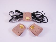 FREE SHIPPING! Package of 3 cable organizers, earphone organizer from vegetable tanned leather
