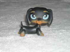 Littlest Pet Shop Dog #325 Dachshund -  VERY RARE #Hasbro