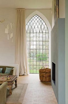 WINDOW http://socialmediabar.bravesites.com/entries/general/tips-on-how-to-use-auto-window-tint