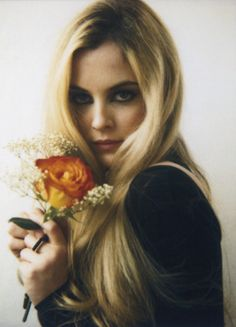 She's #blonde and enigmatic! #hair