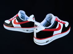 Restore and custom session on a customers classic Air Force Ones. Place your order today and check more out Dream Shoes, New Shoes, Hypebeast, Sneakers Fashion, Sneakers Nike, Streetwear, Baskets, Nike Foamposite, Sneaker Games
