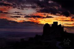 Nubes de fuego sobre el castillo de Loarre