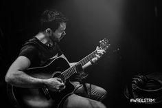 Der #WRBLSTRM wär wohl nichts ohne unsere Gitarristen. Einer davon ist @szelder - ein leidenschaftlicher Musiker und Lobpreisleiter. Hier… Music Instruments, Guitar, Album, Instagram, Communities Unit, Music Artists, Fire, House, Musical Instruments