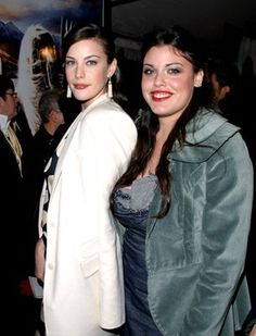 Liv Tyler and Mia Tyler daughters of Steven Tyler Mia Tyler, Steven Tyler, Celebrity Siblings, Celebrity Kids, All In The Family, Family First, Famous Sisters, Famous Couples, A Star Is Born