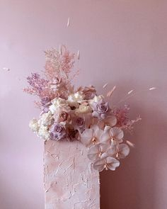 "#Flowers By Brett Matthew John on Instagram: ""Texture ☁️ #pastel #pastels #floraldesign #flowerarrangement Sugar Flowers, Pretty Flowers, Dried Flowers, Wedding Flower Arrangements, Floral Arrangements, Floral Wedding, Wedding Flowers, Flower Decorations, Wedding Decorations"