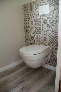 Small Toilet Decor, Small Toilet Room, Small Bathroom, Washroom Design, Bathroom Interior Design, Wc Design, House Design, Turquoise Bathroom Decor, Bathroom Under Stairs