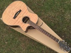 197.00$  Buy here - http://alicem.worldwells.pw/go.php?t=32719792307 - hand-made flame maple top acoustic-electric guitar with tuner 197.00$