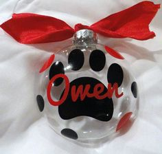 OMG, Doing this for the Doggies this year when we all make our ornaments- Personalized pet Christmas ornaments Jamaican Christmas colors Diy Christmas Ornaments, Christmas Balls, Christmas Projects, Holiday Crafts, Christmas Time, Christmas Holidays, Dog Ornaments, Christmas Ideas, Merry Christmas