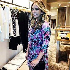 Nosso evento já começou aqui no Shopping Crystal e a Lelê Saddi já está por aqui MARAVILHOSA vestindo Fillity.   Esperamos vocês para uma consultoria de estilo com ela e a blogueira Dani Mello .   Venham!   #fillity #fillityinverno2014 #inverno2014fillity