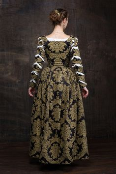 Renaissance woman dress 16th century Europe by RoyalTailor on Etsy