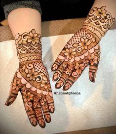 Mehandhi Designs, Arabic Henna Designs, Modern Mehndi Designs, Wedding Mehndi Designs, Beautiful Henna Designs, Mehndi Designs For Hands, Henna Tattoo Designs, Beautiful Mehndi, Khafif Mehndi Design