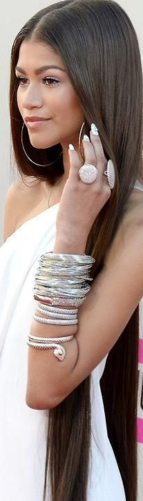 Red carpet stacking ♥✤ | KeepSmiling | BeStayClassy