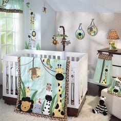 """<p><span style=""""color:#99cc00""""><strong>EXCLUSIVITÉ BÔ BÉBÉ !</strong></span></p>  <p>Comprend: Courte-pointe, drap, jupe de lit, range-couches et cantonnière.<br /> Autres accessoires décoratifs de la même collection aussi disponibles.</p>  <p>Pour plus d'informations : <a href=""""http://www.lambsivy.com/"""" target=""""_blank"""">www.lambsivy.com</a></p>"""