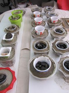 Cement candle holder in progress from our cement project night - cement art - Cement candle holder in progress from our cement project night Source by vonKarin - Diy Cement Planters, Concrete Pots, Concrete Crafts, Concrete Projects, Concrete Garden, Wall Planters, Concrete Furniture, Succulent Planters, Polished Concrete