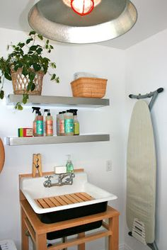 the Polished Pebble: The naked laundry room