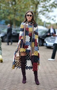 Crochet Patterns Coat Woke up in London today! I have had an amazing time at London fashion week! London Fashion Weeks, Mode Crochet, Knit Crochet, Crochet Princess, Crochet Jacket, Crochet Woman, Coat Patterns, Clothing Patterns, Crochet Fashion