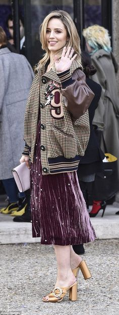 Super stylish: Glee favourite Dianna Agron looked effortlessly cool, mixing and matching t...