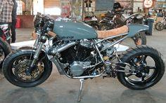 Honda VT500 Cafe Racer Turbo by Strange Coast Motorcycles #caferacer #motorcycles #motos   caferacerpasion.com