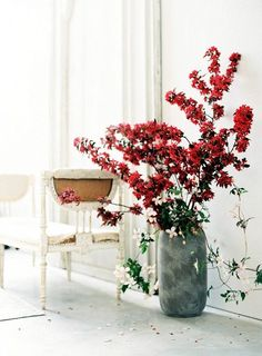 Large floral focal point.