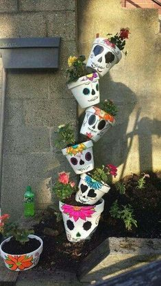 Sugar Skull Planter - Tap the products you want with the best . Sugar Skull Planter – Tap the products you want with the best company … Diy Halloween, Outdoor Halloween, Halloween Decorations, Halloween Wreaths, Outdoor Decorations, Halloween Halloween, Vintage Halloween, Halloween Makeup, Halloween Costumes