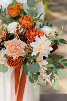 Bridal Bouquet Fall, Fall Bouquets, Fall Wedding Bouquets, Fall Wedding Colors, Bride Bouquets, Bridesmaid Bouquet, Fall Flowers For Weddings, Autumn Wedding Ideas, Fall Wedding Flower Inspiration